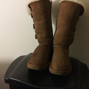 UGG Australia s/n 1016227 Bailey button boots sz6